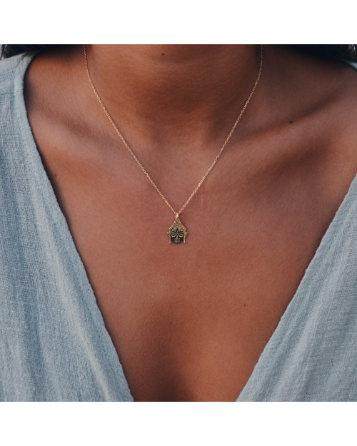 Buda Gold| Creu |Shop online | Beautiful necklace, 18k Gold Plated and a buda.